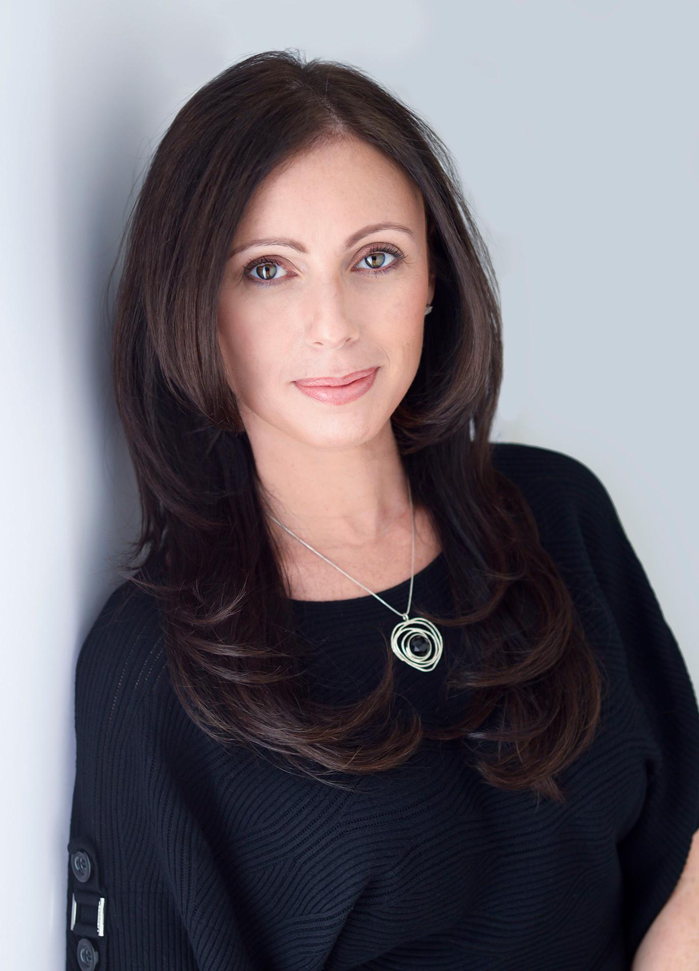 Dr. Suzy Weidenfelder